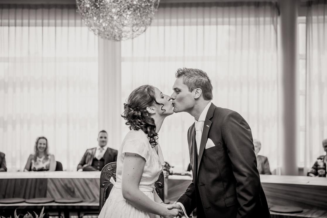 Martina Kelder Fotografie - bruidsfotografie - Wierden - Jarno & Agnetha-37