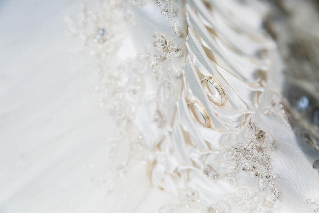 Martina Kelder Fotografie - bruidsfotografie - Leeuwarden - Friesland - Hans & Rosa-17