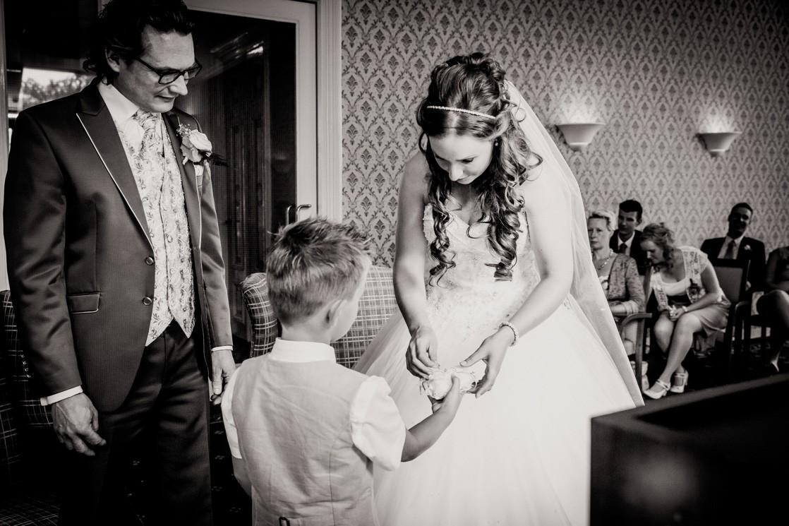 Martina Kelder Fotografie - bruidsfotografie - Leeuwarden - Friesland - Hans & Rosa-41