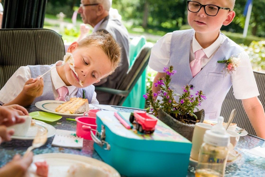 Martina Kelder Fotografie - bruidsfotografie - Leeuwarden - Friesland - Hans & Rosa-46