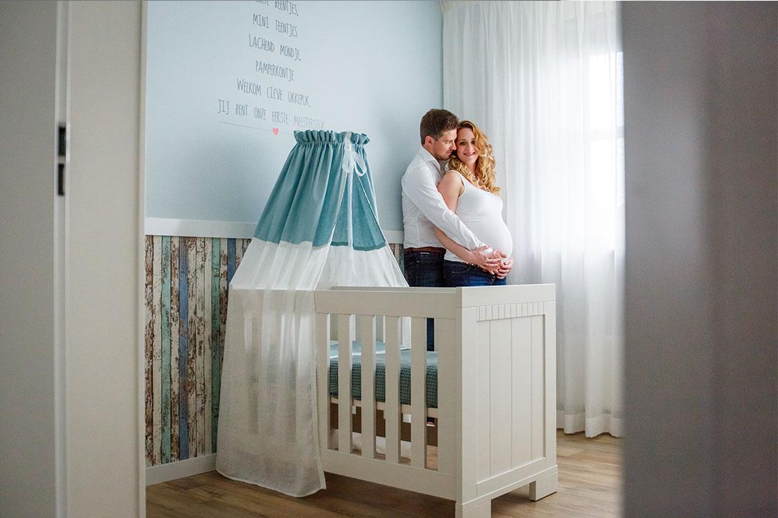 Martina-Kelder-Fotografie-bruidsfotografie-zwangerschapsshoot-Gramsbergen-Jasmijn&Eef-5