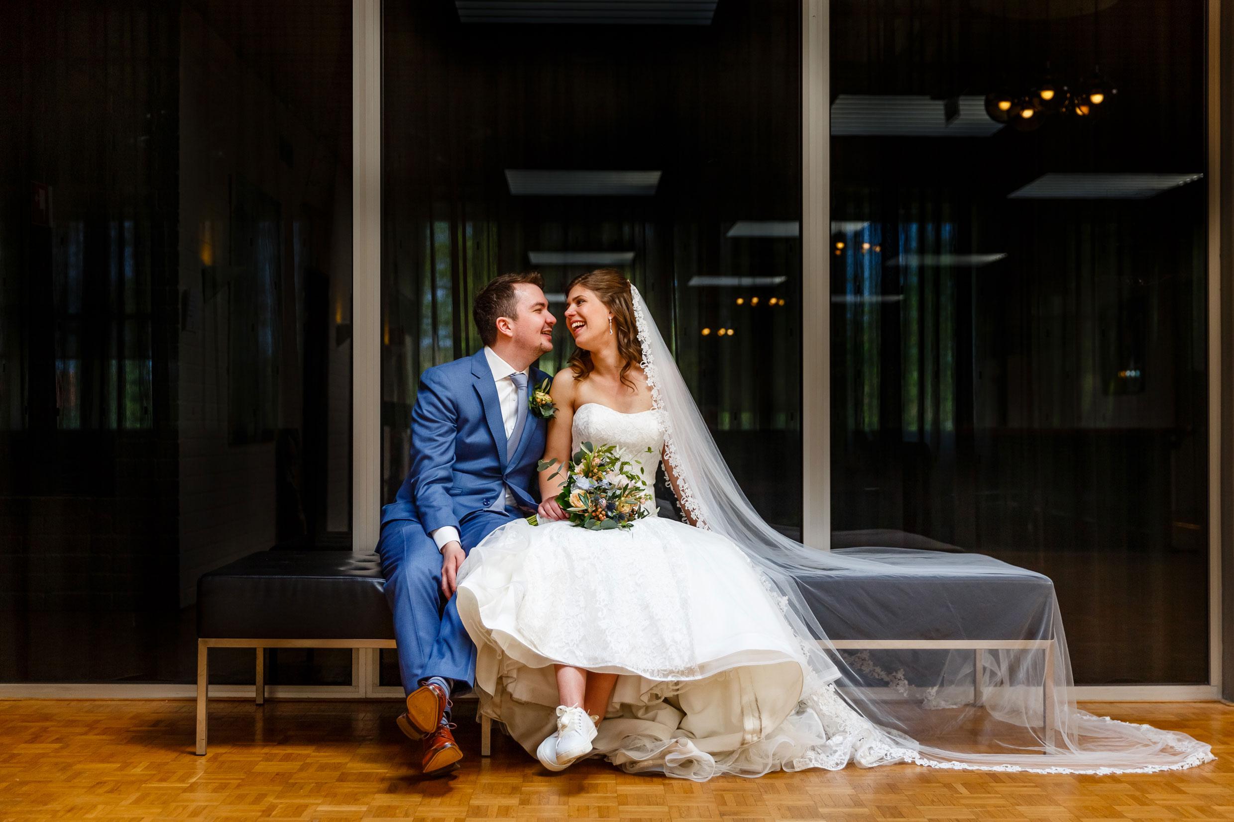 Bruiloft, trouwen, Dedemsvaart, trouwfotograaf, Overijssel, trouwjurk, maatpak, Hofje van Buisman, Lemelerveld,