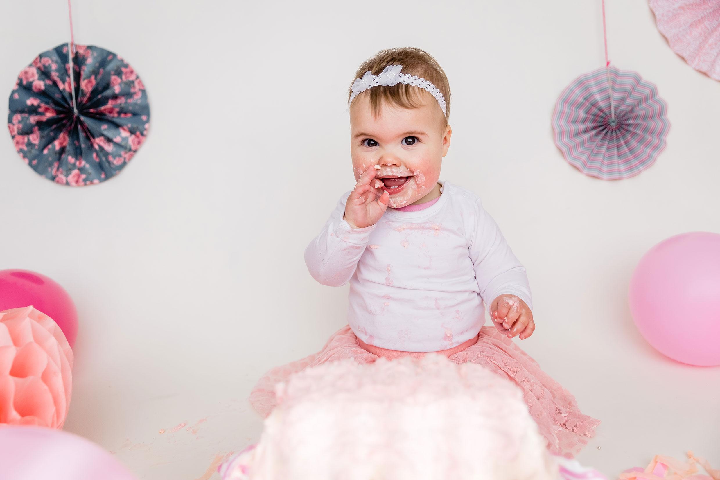 Martina Kelder Fotografie, Overijssel, Hardenberg, Verjaardagsshoot, Cakesmash, taart, verjaardag, familieshoot